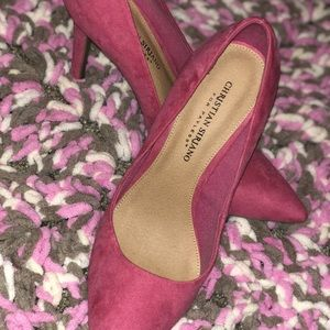 Shoes - Hot pink pumps